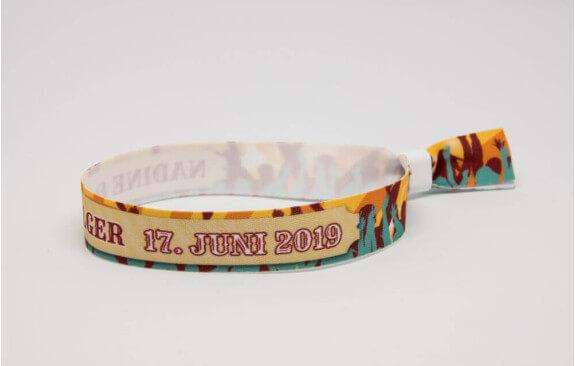 Festivalarmbänder zum Festivalticket Sonne