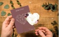 Acryl Hochzeitseinladung – Polyherz